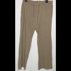 Lucy Tan Active Flare-leg Pant Size Medium